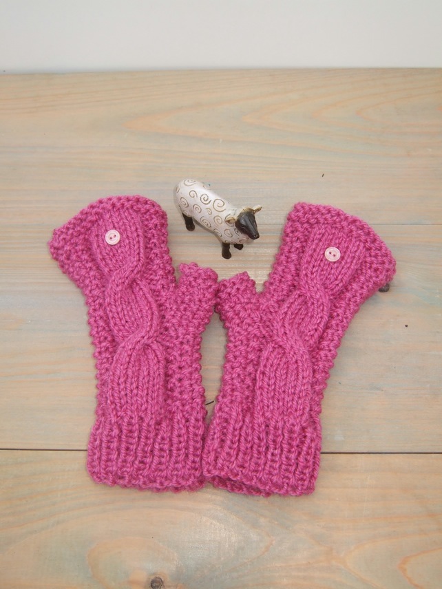Fingerless Gloves in Petunia Pink