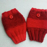 Raspberry Pink Ladies Fingerless Gloves