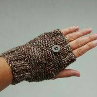Fingerless Gloves in Brown Tweed