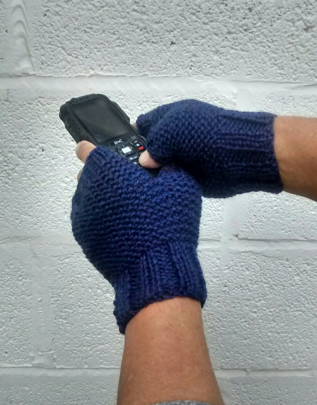 Men's Fingerless Gloves in Blue Heather Aran, Free UK P&P