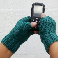Men's Fingerless Gloves, Green Aran Gloves