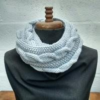 Cable Knit Cowl - Silver Birch Aran