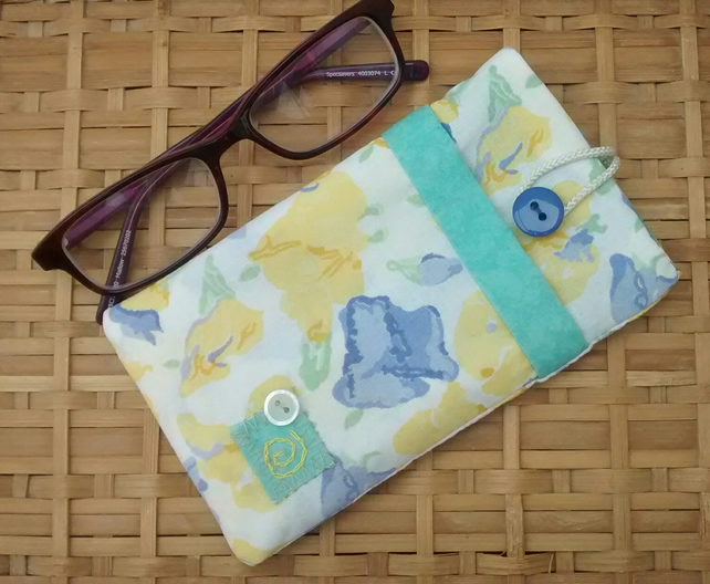 Floral Glasses Case - Free UK P&P