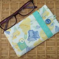 Glasses Case in Floral Fabric