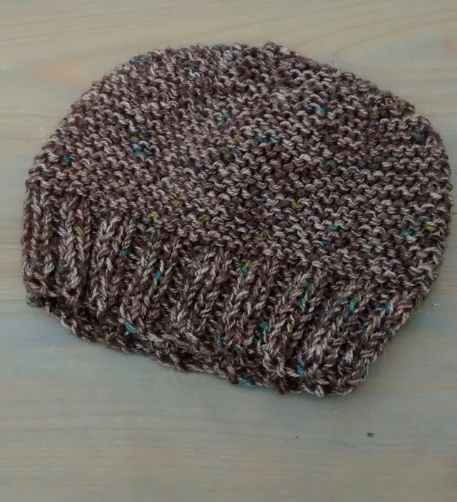 Knitted Beanie Hat in Brown Tweed Chunky