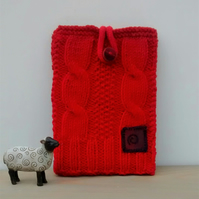 Red Hand Knit Kindle Case