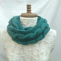 Ladies Cowl, Green Tweed Aran, Infinity Scarf, Circular Scarf