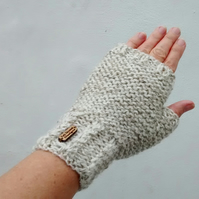 Hand Knit Cream Fingerless Gloves