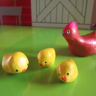 Mother hen and her 3 chicks - miniature clay animals