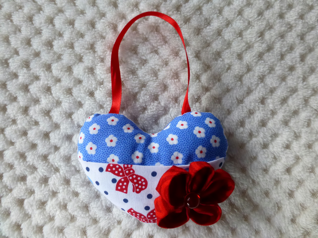 Padded heart with pocket