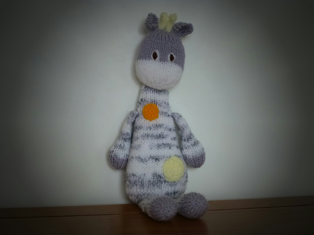 Knitted Toy Giraffe