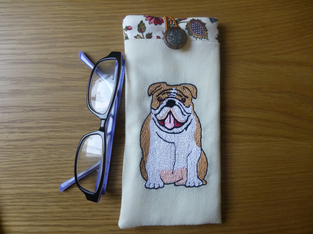 Glasses case - soft padded -embroidered bull dog spectacle case