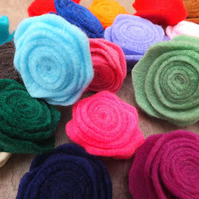 20 Felt Fabric Flower Roses Assorted Colours