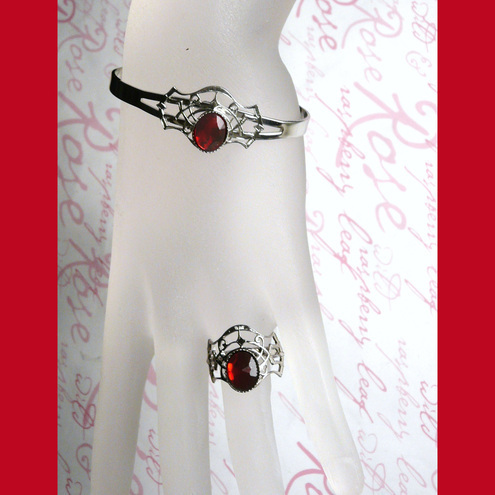 Under A Vampire's Spell - Web of Deceit Blood Red Bracelet & Ring