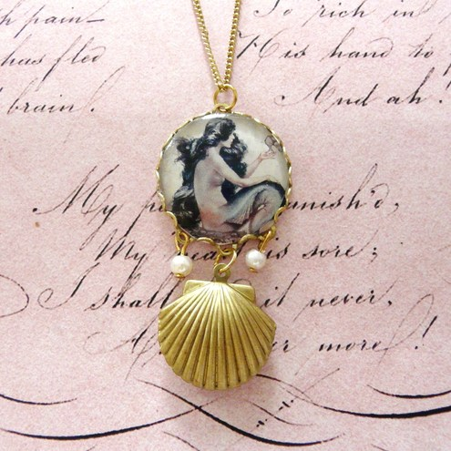 Mermaid By The Sea Pearls & Seashell Locket Necklace