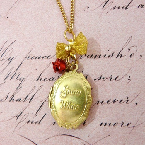 Snow White & Rose Red Fairytale Locket Necklace