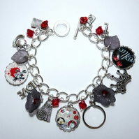 Alice In Wonderland Red & Black Steampunk Charm Bracelet