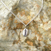 925 Sterling Silver 'Blue Bar Bean' pendant