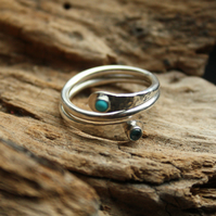 925 Sterling Silver Wave Ring with 4mm Topaz & Turquoise cabochons
