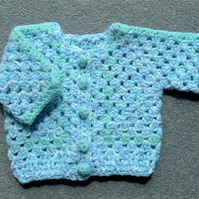 SALE Chunky crocheted baby cardigan (ref 135)