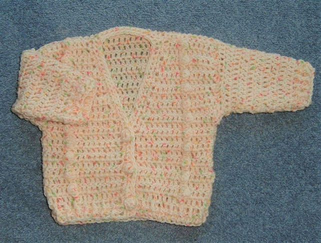 Cream crocheted baby cardigan (ref 150)