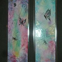 a set of two hand painted fantasy glitter bookmarks (ref F 266)