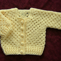 Lemon crocheted baby cardigan 0 - 3 months ( ref F375)