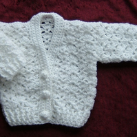 crochet white lacy baby cardigan (ref F 532)