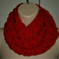 Cherry red infinity scarf ( ref F 534)