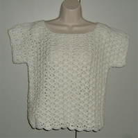 ladies crochet short sleeved lacy top ( ref F 619)
