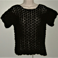 SALE....Lady's black crochet short sleeve jumper ( ref F 743)