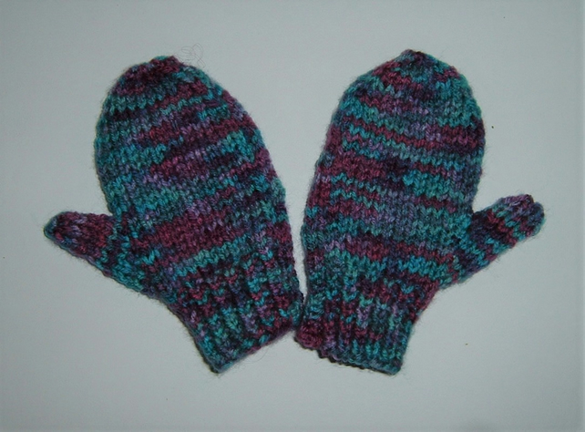 knitted mittens for toddlers  POST FREE ( Ref F 911)