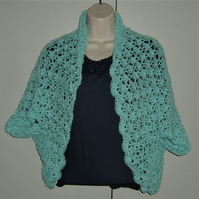 SALE....Lady's summer lacy shrug cardigan ( ref F 685)