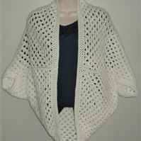 SALE....Ladies crochet white summer shrug cardigan ( ref F 690)