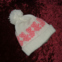 knitted Baby bobble hat with teddies ( ref fk37)