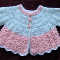 Baby crocheted angel top ( ref f 98)