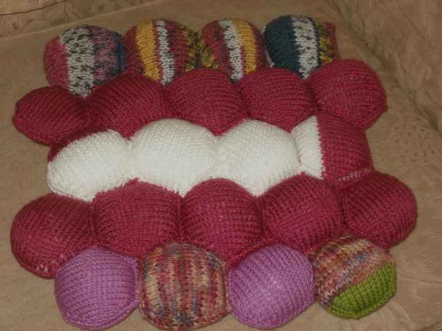 Patchwork stuffed cushion