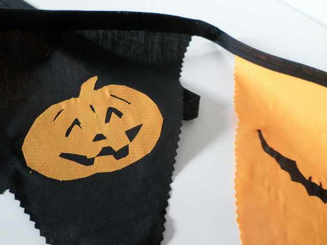 Halloween bunting, trick or treat.