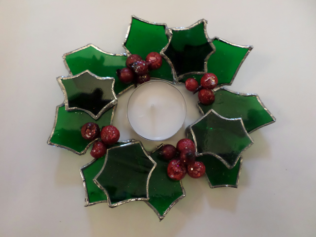Holly candle ring