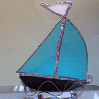 Stained glass boat, suncatcher, table decoration