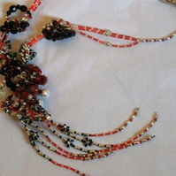 ON SALE 'Love Knot' Necklace - Black Silver Red