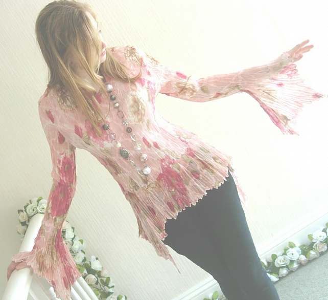 Crinkle Top Pink Floral Long Sleeves UK Size 8