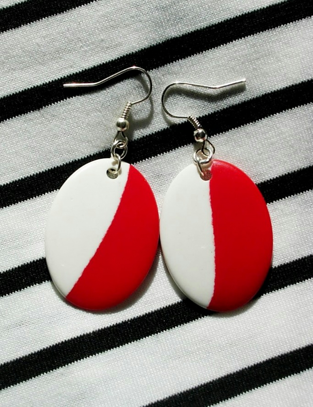 Earrings - 60's Style - Oval Red White
