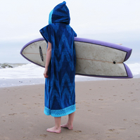 Waves 'Cover Up' surf changing towel