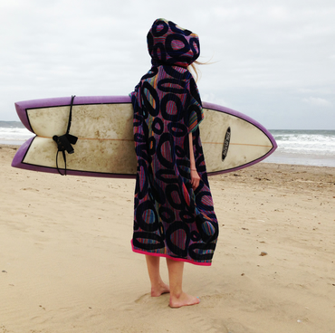 Dots 'CoverUp Surf' changing towel