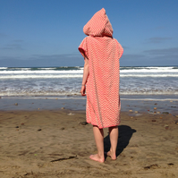 Pink Zig Zag CoverUp Surf Changing towel