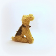 little sitting Airdale  Lakeland terrier