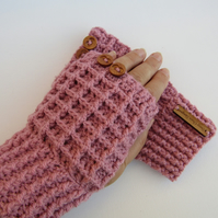 Cochet gloves