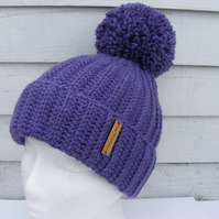Ladies ribbed pompom hat. Free uk postage