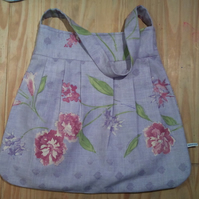 bag in lilac flower print